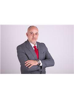 Consulente Immobiliare - Maurizio Meronzi - RE/MAX Dolcevita