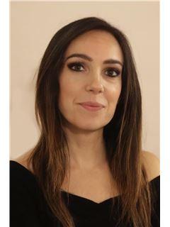 Consulente Immobiliare - Martina Maccari - RE/MAX Architecture