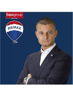 Consulente Immobiliare - Andrea Mazzoleni - RE/MAX Expo