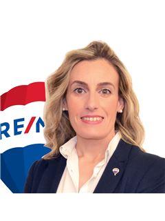 Consulente Immobiliare - Giusy Ferrante - RE/MAX Royal