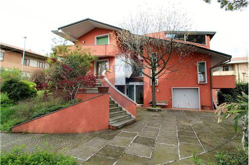 Case Toscane Immobiliare Pontedera : Case e immobili in vendita o in affitto a pontedera pi area guide