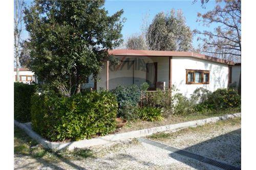 Casa vacanza in vendita porto recanati 22541021 236 for Case in vendita porto ottiolu privati