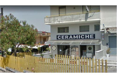 Centro Ceramica Di Sacco Lorenzo C Snc.Italija Nekustamie Ipasumi Visi Ipasumu Veidi Iziresanai