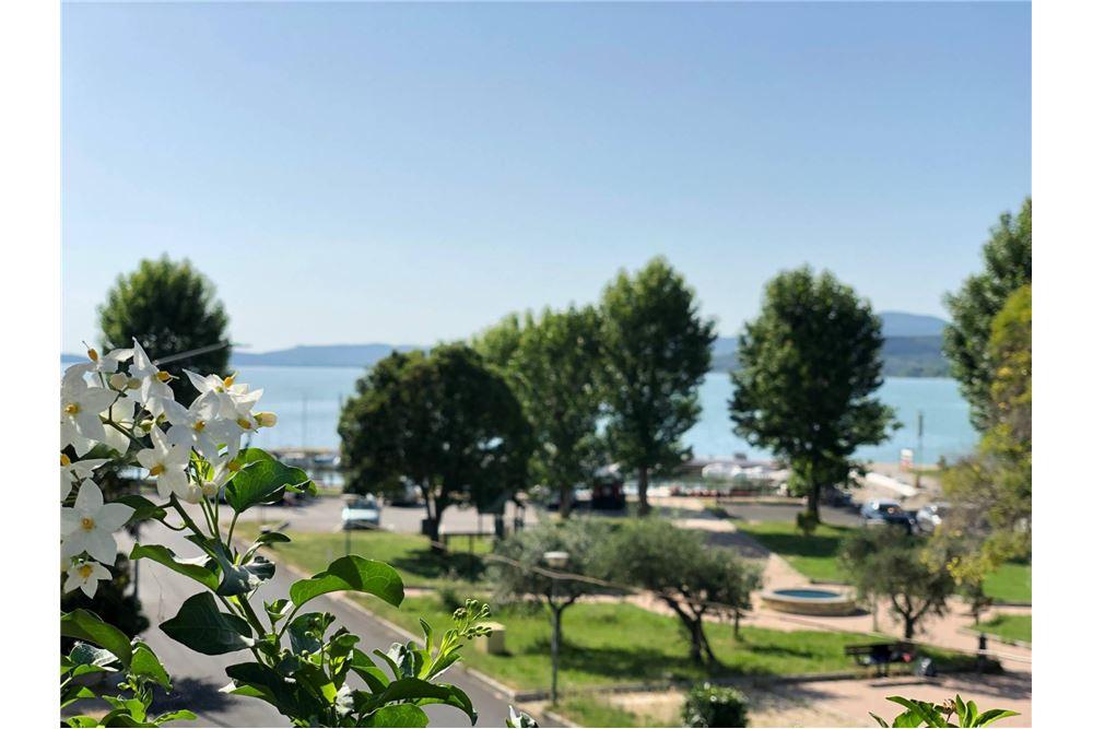 47 Sqm Condo Apartment For Sale 1 Bedrooms Located At Via Del Lavoro 10a Torricella 06063 Magione Perugia Italy