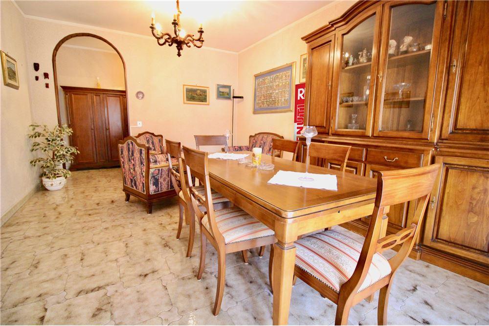Appartamento in vendita sassari 20201067 173 for Come costruire un appartamento garage a buon mercato