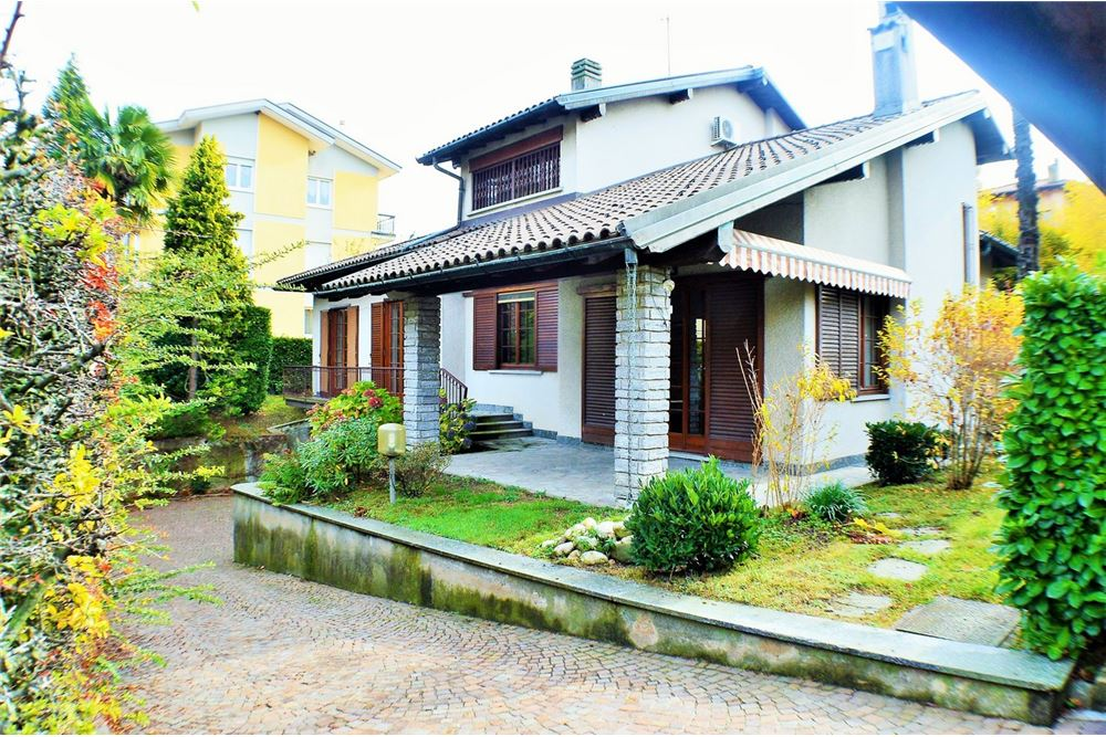villa singola in vendita varese 21761056 84. Black Bedroom Furniture Sets. Home Design Ideas