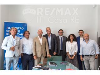 Office of RE/MAX ITI Casa RE - Rome