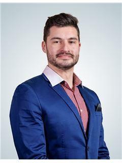 Associate in Training - Mijo Radovčić - RE/MAX Centar nekretnina 6