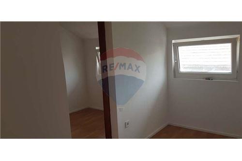بيت مستقل - للبيع - Donja Dubrava, كرواتيا - 26 - 300261072-7