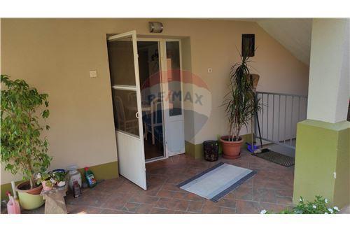 Kuća  - Za prodaju - Bilje, Hrvatska - Predsoblje - 300491001-153