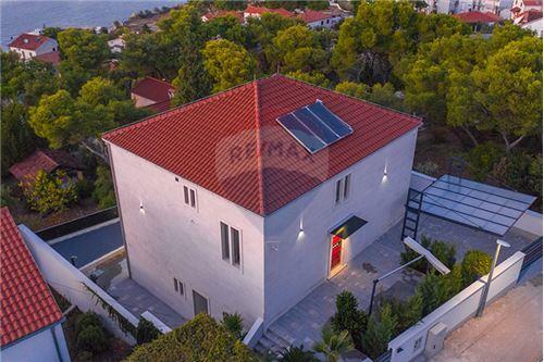 Vila - Za prodaju - Postira, Hrvatska - 104 - 300511002-342
