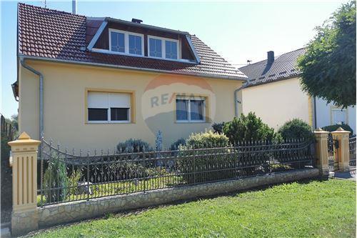 Kuća  - Za prodaju - Prelog, Hrvatska - 32 - 300541002-129
