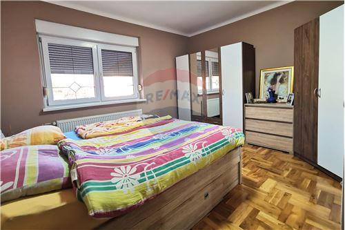 Kuća  - Za prodaju - Prelog, Hrvatska - Spavaca soba - 300541002-129