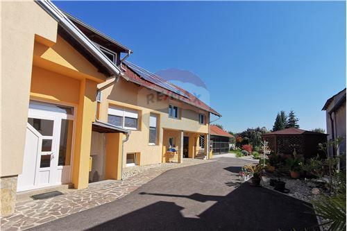Kuća  - Za prodaju - Prelog, Hrvatska - 40 - 300541002-129