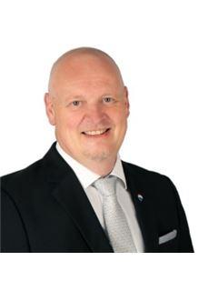 Jörn Wessel - _RE/MAX Stein