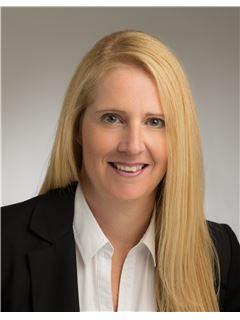 Associate - Stefanie Hoekstra - REMAX Immobilien Concept Marketing in Bad Soden