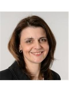 Sonja Lauxmann - Mergenthaler Immobilien AG, RE/MAX in Waiblingen