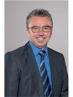 Jens Bay - Mergenthaler Immobilien AG, RE/MAX in Waiblingen