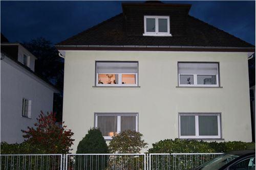 remax in k nigstein k nigstein hochtaunuskreis deutschland. Black Bedroom Furniture Sets. Home Design Ideas