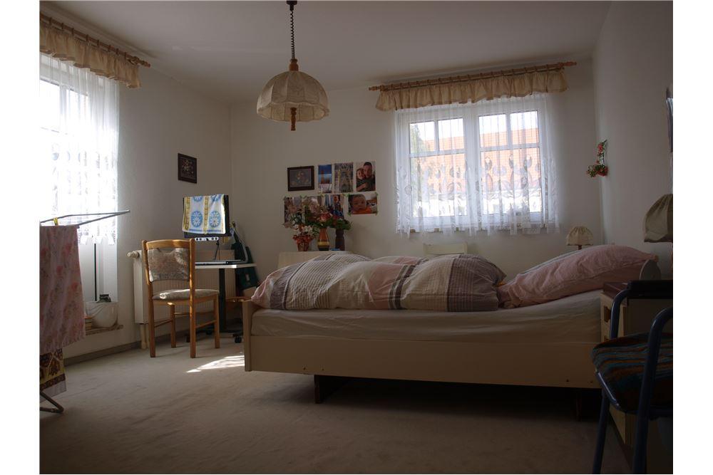 wohnung miete zwickau 320161001 1203. Black Bedroom Furniture Sets. Home Design Ideas