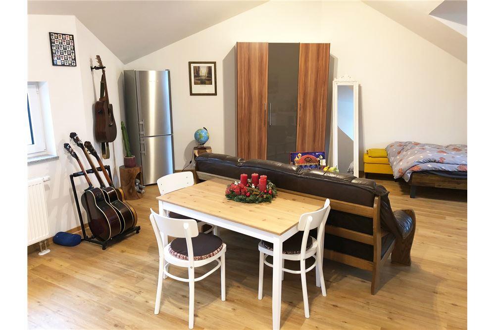 wohnung miete frankfurt am main 320381005 222. Black Bedroom Furniture Sets. Home Design Ideas