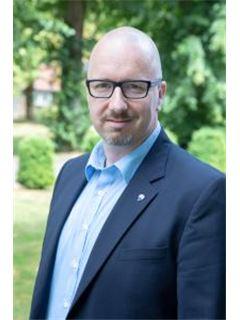 Simon Weinke - RE/MAX Ihr persönlicher Makler
