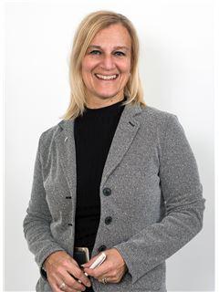 Associate - Alexandra Bausch - REMAX in Nürtingen