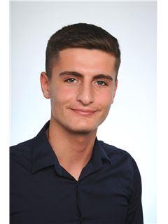 Associate - Hadi Mroue - REMAX in Mannheim