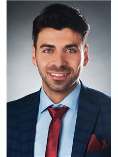 Eser Kazak - RE/MAX Consultants