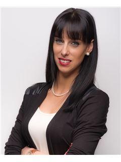 Licensed Assistant - Carolin Behling - REMAX in Mannheim