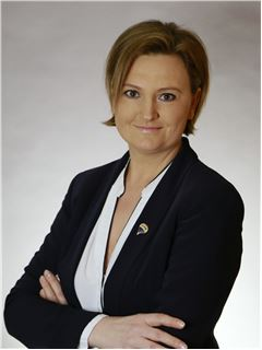 Immobilienmakler/in - Irina Ellwein - REMAX in Göppingen