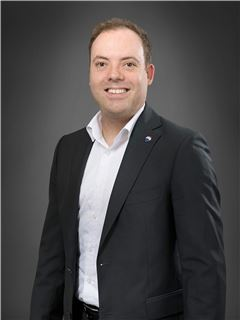Associate - David Oelke - REMAX in Bad Säckingen