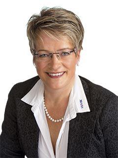 Associate - Esther Roosen - REMAX in Landau