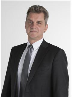 Agent - Mathias Hartmann - REMAX in Dillingen
