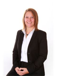 Carina Wiedenmayer - RE Immobilien Service e.K.