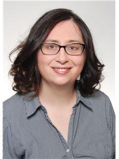 Licensed Assistant - Melanie Schiafone - REMAX in Saarbrücken-City