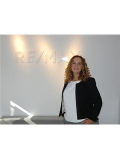 Yrena Rosanwo - InteReal GmbH & Co. KG/ Remax Düsseldorf-Mitte