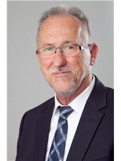 Associate - Wolfgang Wiedmann - REMAX in Kaiserslautern