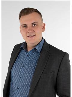 עוזר משרד ברישיון - Dominik Klein - REMAX in Dillingen