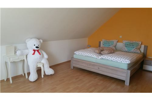 DG - Schlafzimmer 1