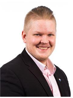 Tuomas Laaksonen - RE/MAX Center