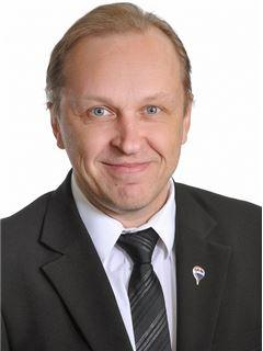 Juha Tupala - RE/MAX Center