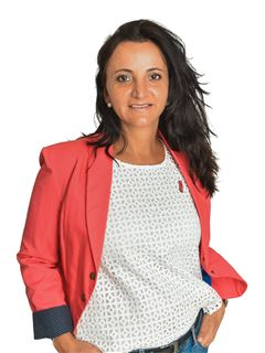 Nidia Yomayusa Martinez - RE/MAX Total  (I)