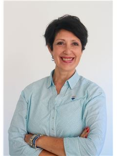Silvia Azcaray - RE/MAX Centenario