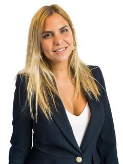 Candelaria May - RE/MAX Total (II)