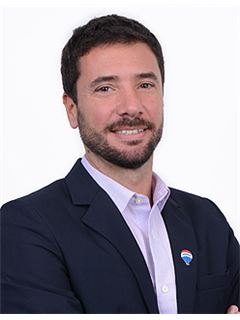 Matias Salaberry - RE/MAX Liberty