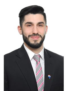 Giuliano Larroca - RE/MAX Ayres