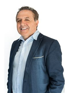 Mario Gabriel Gerez - RE/MAX Total (II)