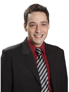 Ariel Tafalla - RE/MAX Plaza