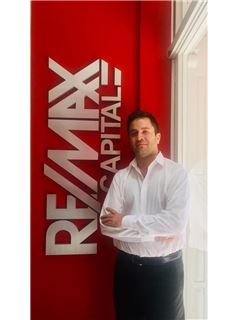 Ignacio Capdepont - RE/MAX Capital